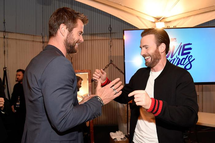Chris Evans Hemsworth Getty.jpg