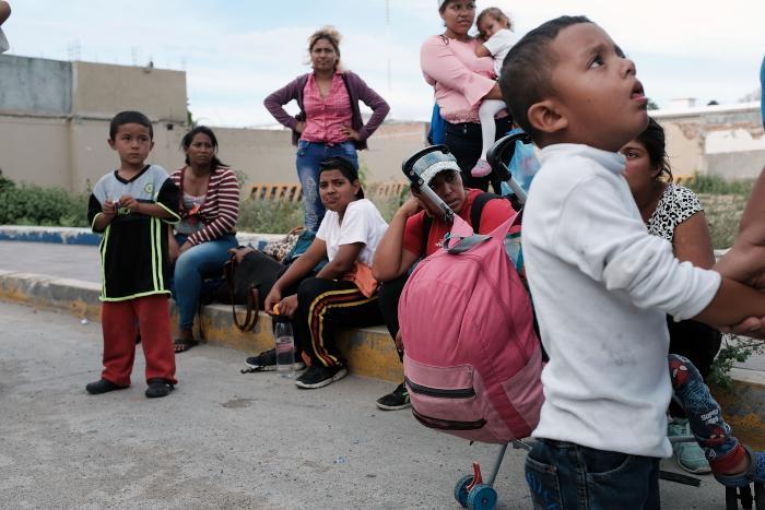 migrant-caravan.jpg