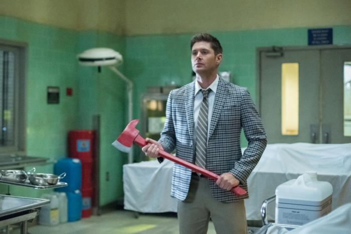 supernatural deanhatchet.jpg