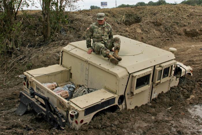 us-troops-border.jpg