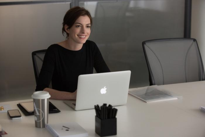 Anne-Hathaway-The-Intern-Movie.jpg