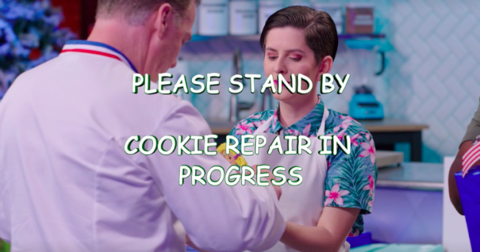 Nailed-It-Toying-Around-cookie-repair.png