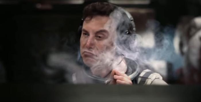 elon-musk-interstellar-smoking.png