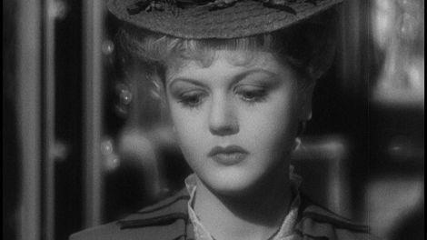 angela_lansbury_pictureofdoriangray.jpg