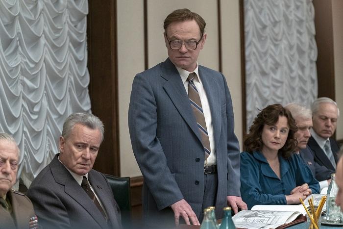 SkarsgårdHarrisWatsonChernobyl.jpg