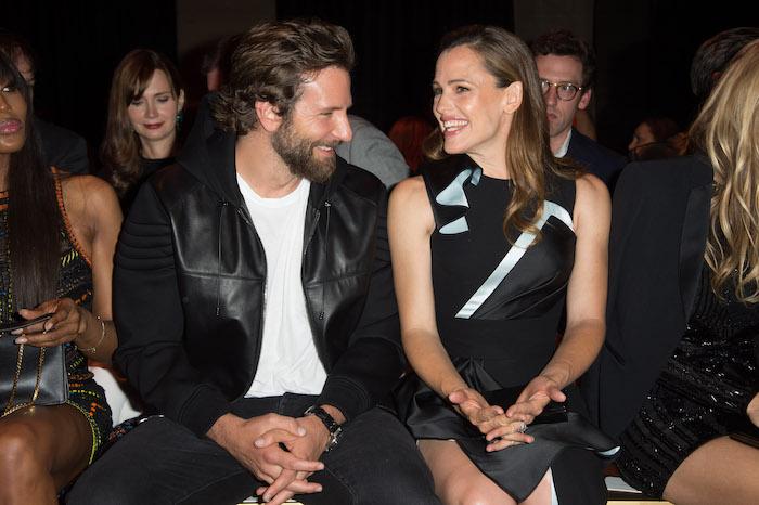 Bradley-Cooper-Jennifer-Garner-544408884.jpg