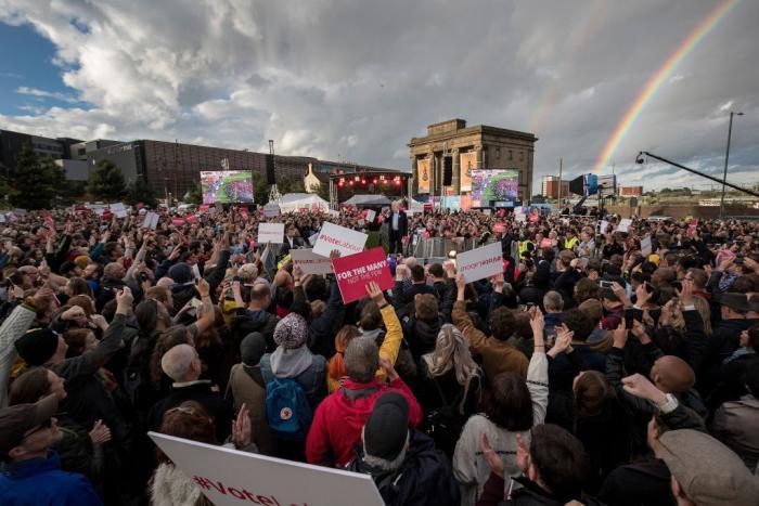 jeremy-corbyn-crowd2.jpg