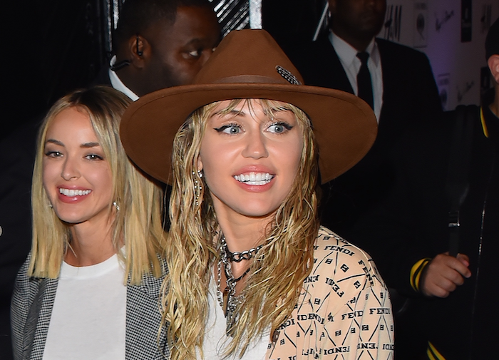 Miley-Cyrus-Kaitlynn-Carter-1164297006.png