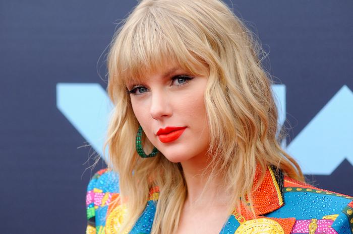 Taylor-Swift-1164343505.jpg