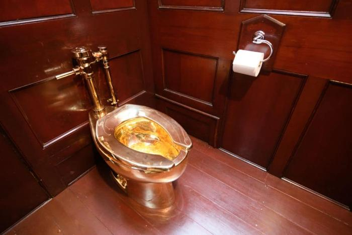 Gold toilet Getty 1.jpg