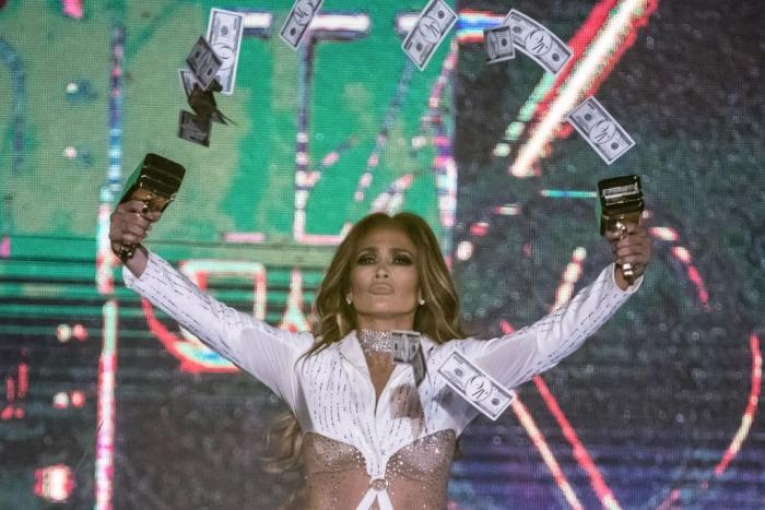 Jennifer Lopez Egypt Concert Getty.jpg
