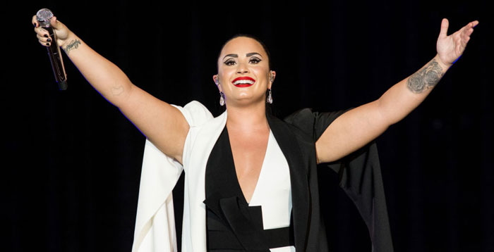 Fans Rally Around Demi Lovato After Snapchat Hack Allegedly Leaks Nudes