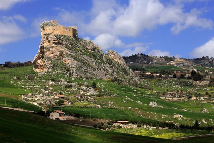 mussomeli-castle.jpg
