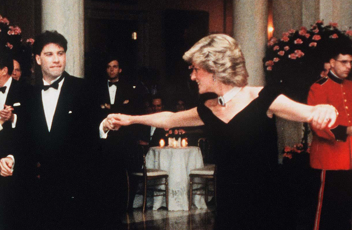 travolta-Princess-Diana-618244874.png