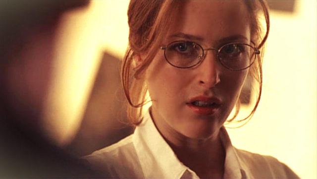 GillianAndersonGlasses.jpg