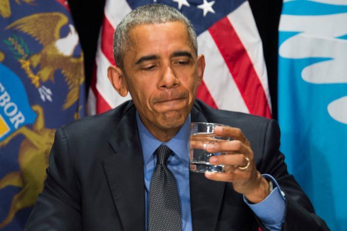 twitter-reacts-obama-far-left-header.jpg