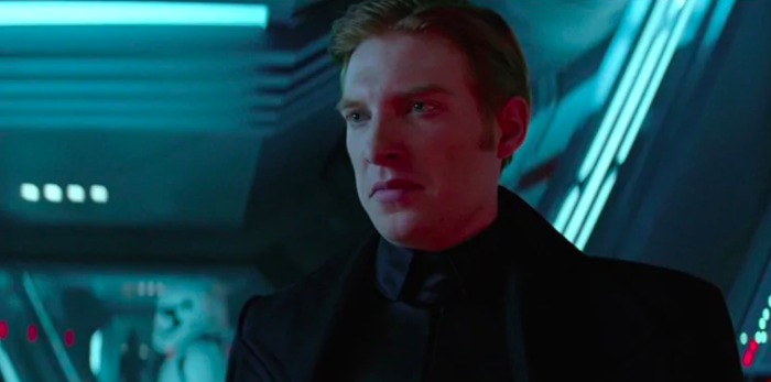 Hux-Gleeson-Star-Wars.png