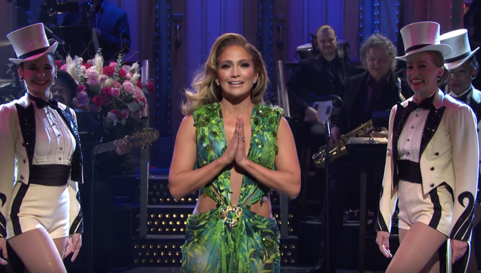 This Week's 'SNL' Unnecessarily Reminds Us that Jennifer Lopez is Ridiculously Hot