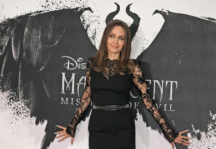 Angelina-Jolie-1174968711.jpg