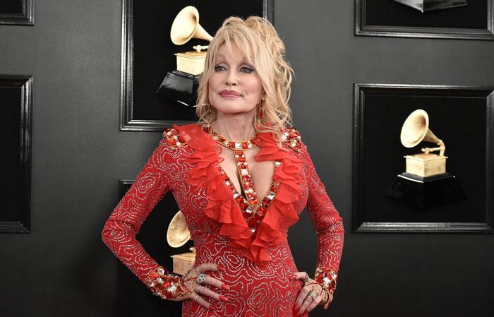 Dolly-Parton-1128907054.jpg