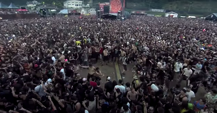 small-girl-in-moshpit-header.png