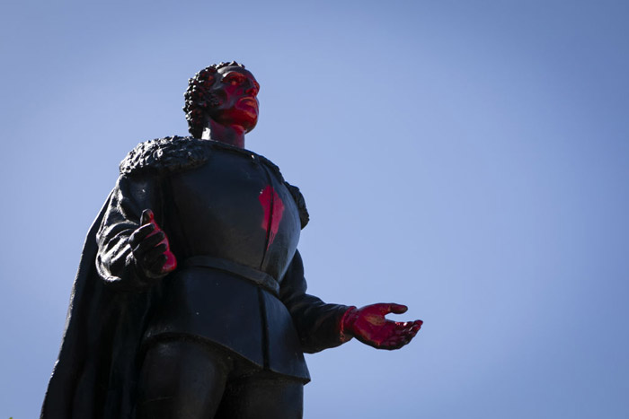 Christopher-Columbus-statue-Miami-1219407748.jpg