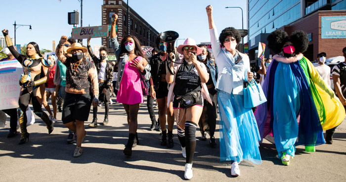 Drag-March-For-Change-Chicago-1249757327.jpg