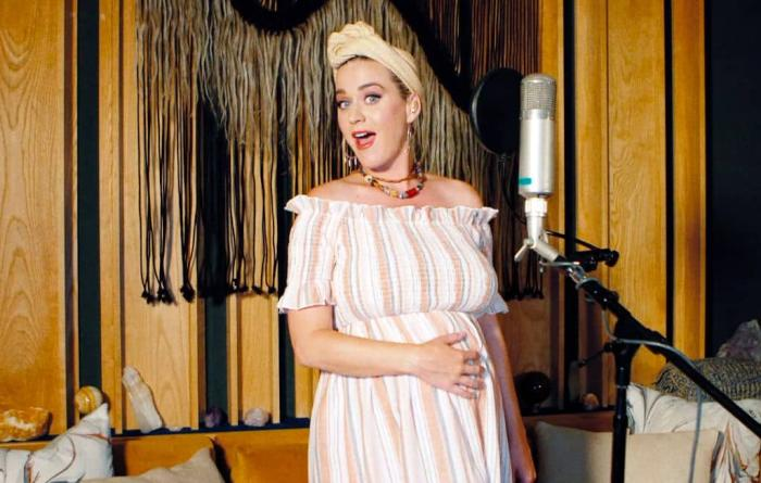 Katy Perry Pregnant Getty 1.jpg