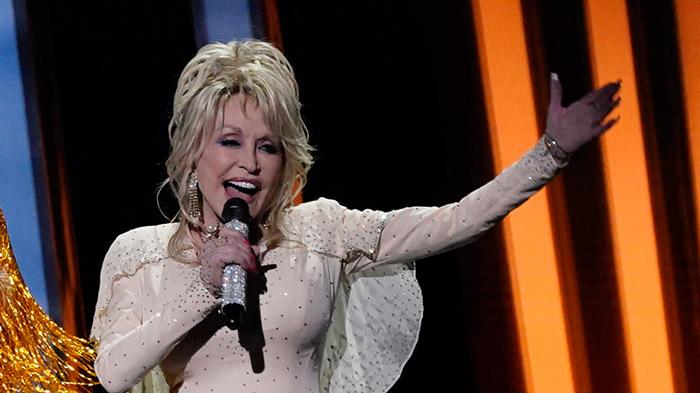 Dolly-Parton-1187623403.jpg