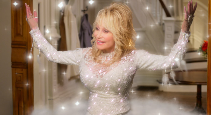 Dolly-Parton-Christmas-In-The-Square.jpg