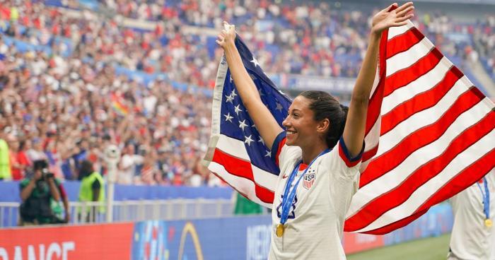 christen-press-us-womens-national-soccer-team-member-and-gaia-herbs-superfan.jpg
