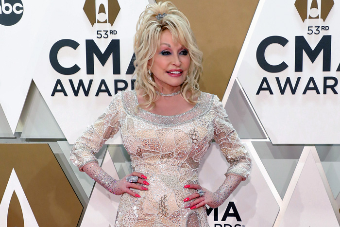 dolly-parton-vaccine.jpg
