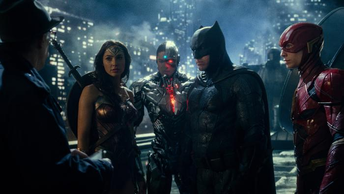 Commissioner Gordon and the Justice League.jpg