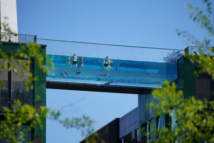 london-sky-pool-header.jpg