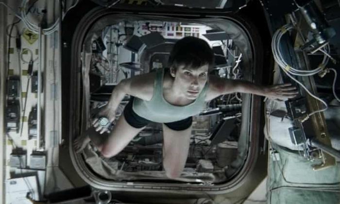 gravity-movie.jpeg