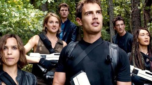 Pajiba - Dystopia - Divergent.jpg
